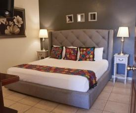 Del Centro Hotel Bernal