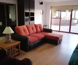 Habitación amplia independiente con sala tv