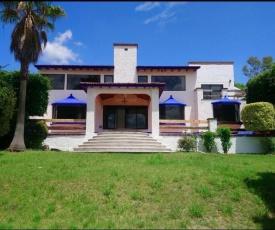 Casa de los Columpios