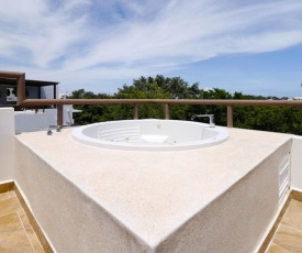 Amazing 2B with PRIVATE jacuzzi!! with Breathtaking view!!
