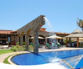 Picture Relaxing Beside Your Private Pool in Reading Your Favourite Book, San Jose del Cabo Villa 1041