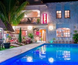 Hotel Mayahau Coba