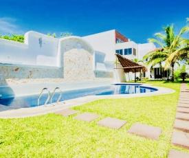 Gorgeous Villa With Pool E7 Playacar Phase 2