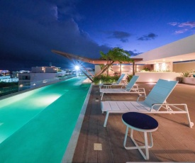 Pet Friendly, BBQ, Rooftop Pool, Close to 5th Avenue - Lucero