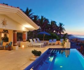 6 BR Beachfront, Villa de la Playa