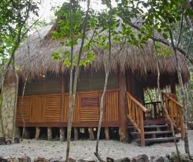 Cabaña Lests'bal Ek'e' con cenotes