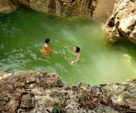 Cabañas Aldea Maya-Ha con cenotes