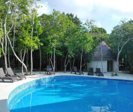 Private House, WiFi, Jacuzzi, Grill, Pool, Self access