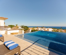 Two Luxurious Villas Perfect for Golfers Dos Casas