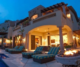 Rent Your Dream Holiday Villa and Look Forward to Relaxing Beside Your Private Pool, San Jose del Cabo Villa 1033