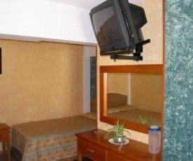Hotel Del Rio Inn
