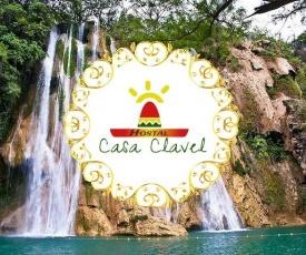 Hostal Casa Clavel