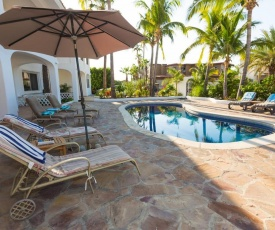 CASA WENDT - 4BR VILLA HEATED POOL IN GATED COMMUNITY