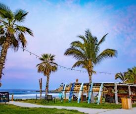 Cerritos Surf Town Beach Front Hotel
