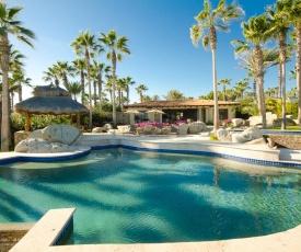 Imagine Renting a Luxury Beachfront Holiday Villa, Cabo San Lucas Villa 1015