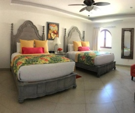2BR Villa with Ocean View and Pool