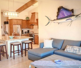 ALL NEW remodeled condo! Ocean Front on Beach 2 Bd 2 Ba Upper Level