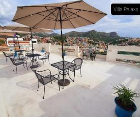 Villa Palaxs