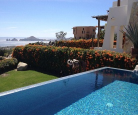 Expansive Views of Famous Cabo Arch, Villa Sirena