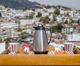 Hostal Ángeles Bed and Breakfast