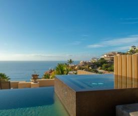 Luxury Retreat with Ocean Views at Villa Gran Vista