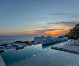 Stunning Modern Design & Gorgeous Ocean Views - Villa Besame
