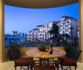 VLE- 1302-OCEAN FRONT RESORT- WALKING DISTANCE TO TOWN! SWIMMABLE BEACH!