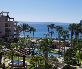 VLE-2506-OCEAN FRONT RESORT- WALKING DISTANCE TO TOWN! SWIMMABLE BEACH!