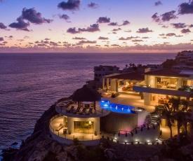 Full Service Stunning Oceanfront at Villa Penasco