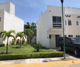 Linda Casa en sector privado dentro de Altavela a 10 min de playa y 20 de Puerto Vallarta