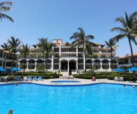 Grand Marina Villas