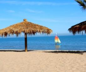#36 Bungalow Seaside Hotel & Victors RV Park