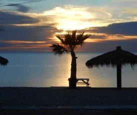#38 Bungalow Seaside Hotel & Victors RV Park