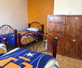 Los Nardos Hostel by Rotamundos